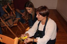 As redeiras galegas amosan o seu traballo no pop up 'Saberes e sabores' que Artesanía de Galicia impulsa en Madrid