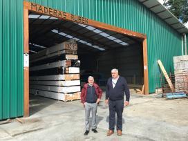 A Xunta salienta en Vilamarín a aposta de Maderas Rubén por impulsar o uso da madeira no sector da construción