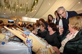 A Xunta destaca que a Mostra de Camariñas converte o concello na capital internacional do encaixe
