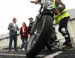 Ethel Vázquez avanza a continuidade dos cursos gratuítos de condución segura de motocicletas en 2020, permitindo achegar a formación a máis de 800 condutores desde seus inicios no 2017