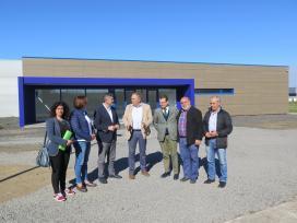 A Xunta destaca que o viveiro de empresas da Laracha contribuirá a consolidar o eixo industrial que este concello forma con Arteixo e Carballo