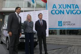 Feijóo salienta que o exemplo de Galicia como estabilidade, futuro, compromiso co medio ambiente e colaboración é o que consegue atraer a valiosos mercados ao noso sector da automoción