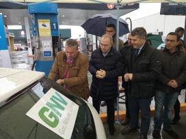 Ovidio Rodeiro inaugura a estación pública de subministración de Gas Natural Comprimido en Santiago