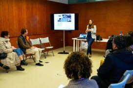 A Xunta informa aos comerciantes santiagueses das axudas para impulsar a innovación e a sustentabilidade no sector