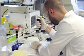 A Xunta convoca unha nova liña de axudas por 3M€ para apoiar proxectos de investigación sobre a covid-19
