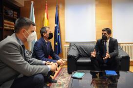 O delegado territorial da Xunta en Ourense recibe ao delegado en Galicia da compañía eléctrica Naturgy