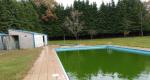 A Xunta licita por 200.000 euros as obras de mellora da contorna das vivendas do grupo escolar e da piscina de Vilardevós